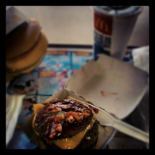 Comendo fast food sem sair da dieta